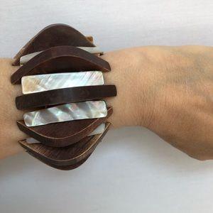 Jewelry - Stretchable bracelet